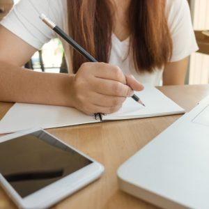 Essential Tips for Managing a Student Budget