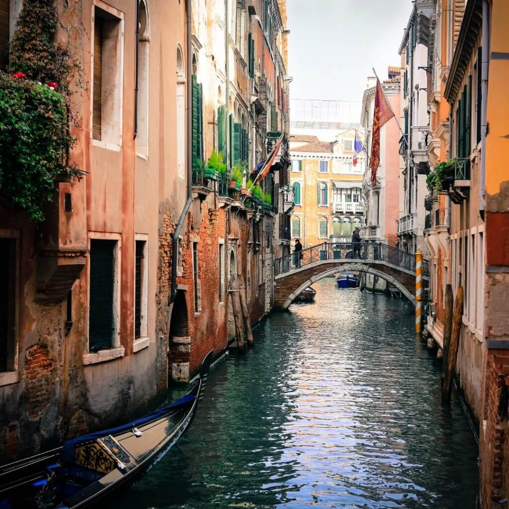 Venice Canals - Water Pollution levels have dropped due to coronavirus